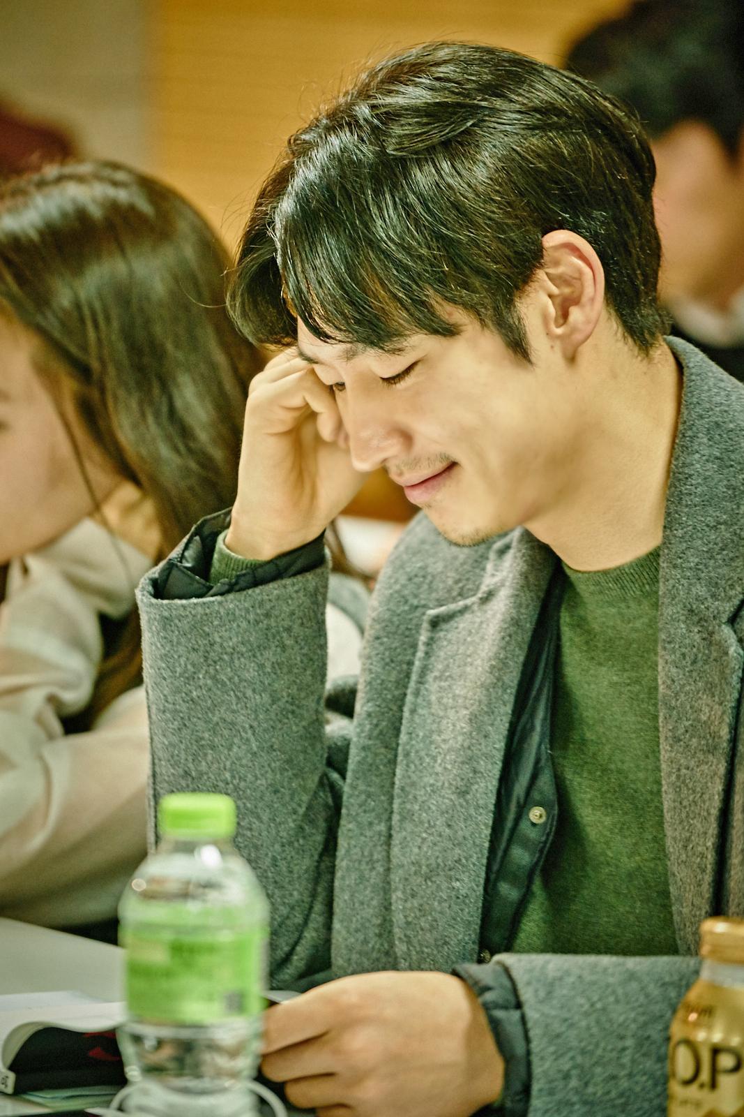 이준익 감독X이제훈영화  리딩 현장최.초.공.개!!!