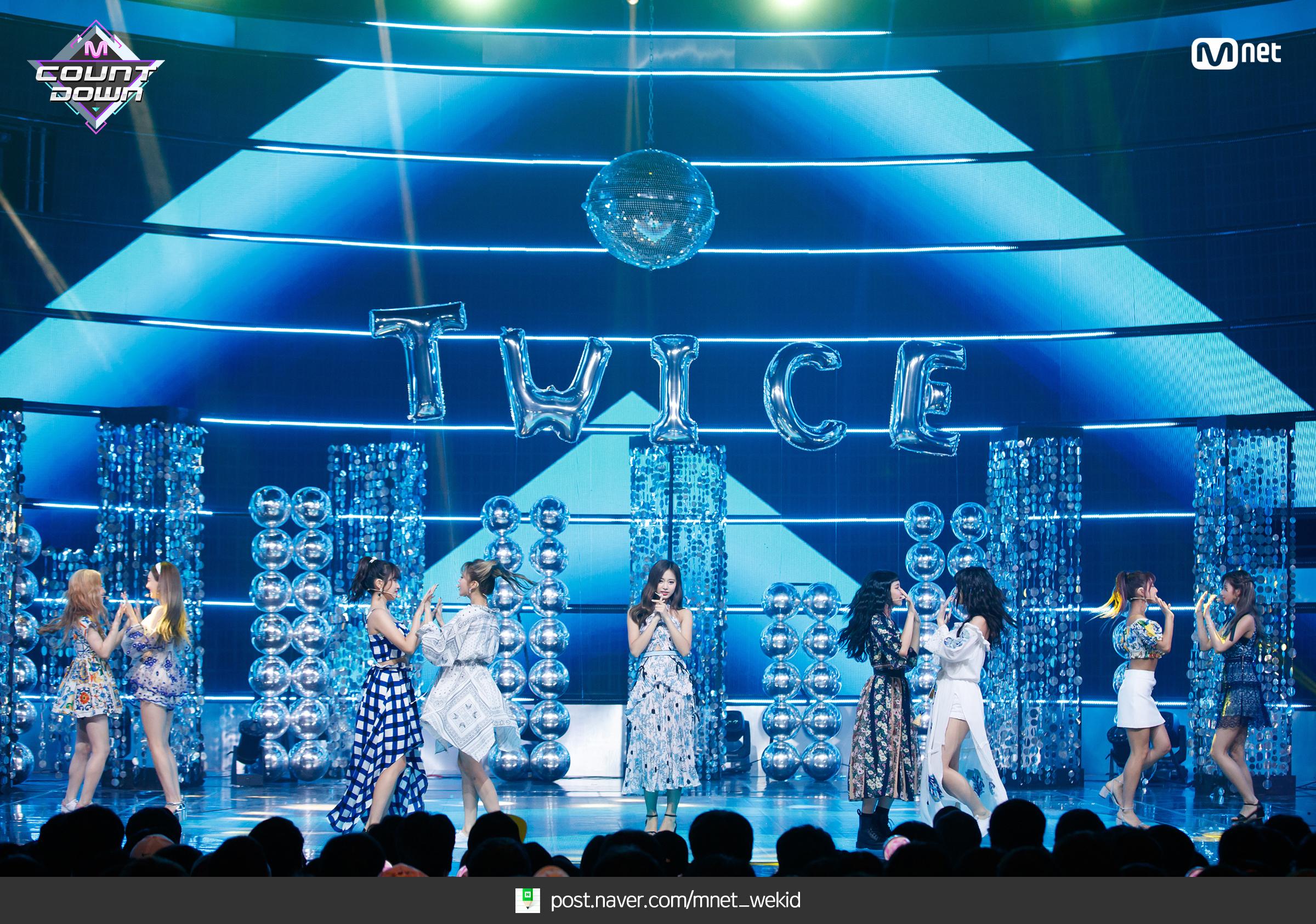 180719 엠카운트다운 트와이스 - Dance The Night Away 현장포토