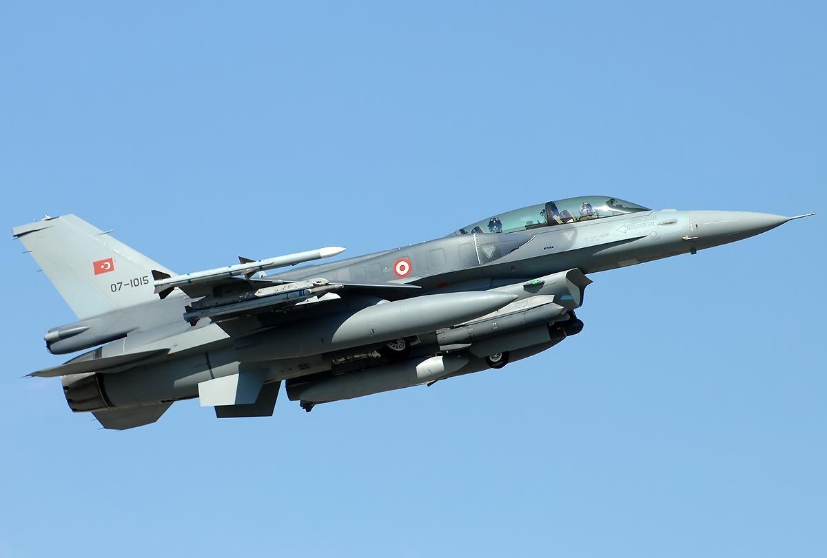 F-16 전투기의 운용 현황과 실전 기록