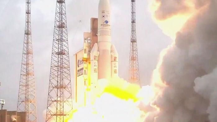 정지궤도 위성 '천리안 2A호' 성공 발사