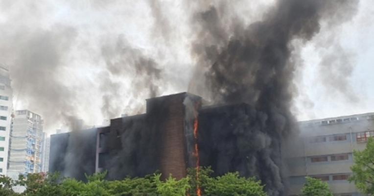 서울 은명초등학교서 화재…원인과 피해 상황은?