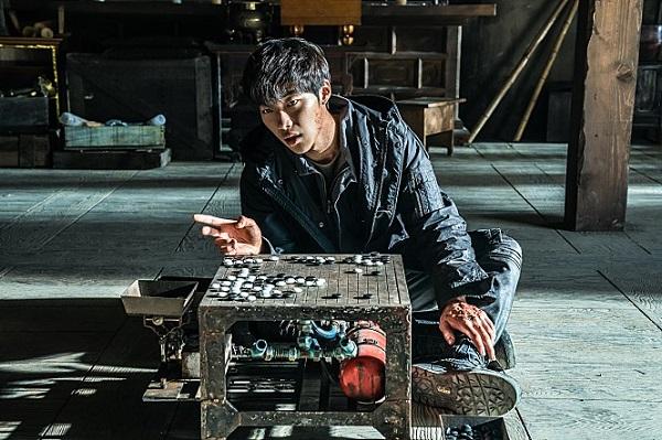 [3PICK 리뷰] '신의한수: 귀수편' 스핀오프로 업그레이드, 악수(惡手) 아닌 '묘수'