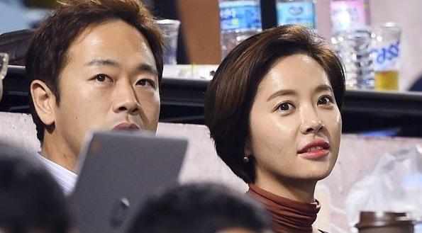 배우 박은혜, 황정음 향한 애정 가득한 칭찬…웹툰 원작 '쌍갑포차'서 재회