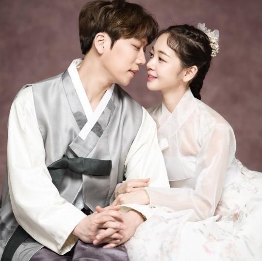 김보미♥윤전일, 결혼·임신 겹경사